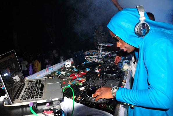 Roja & Slick-Stuart: Itching to change the DJ game – Sqoop