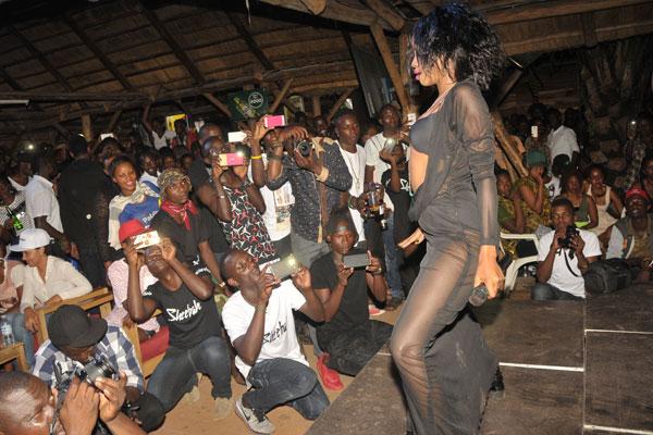 Проститутки уганды зрелые проститутки екб