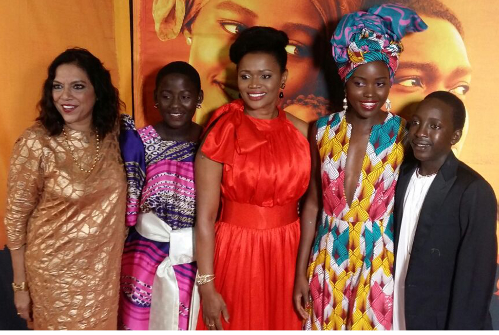 Queen of Katwe cast pose with the queen of Buganda Sylivia Nabagereka