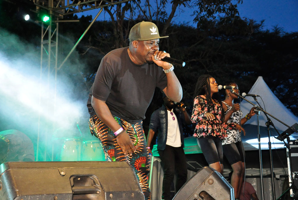 Chagga performs at Roast and Rhyme as a guest