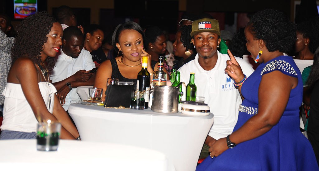Patrons at the Janzi band experience at Nexus Bar and Grill last weekend.(PHOTOS BY EDDIECHICCO)